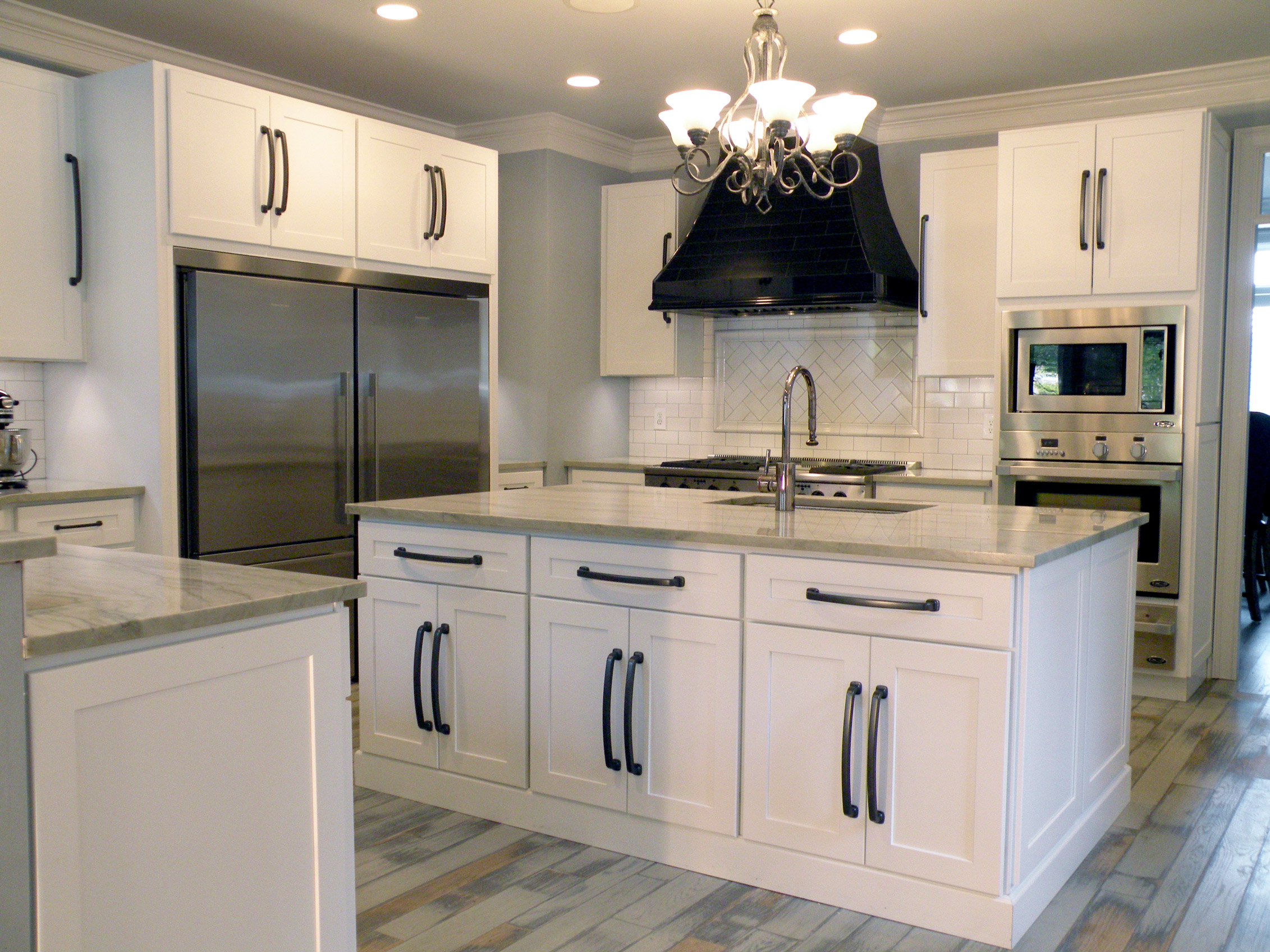 White shaker heritage classic cabinets for What is in style for kitchens